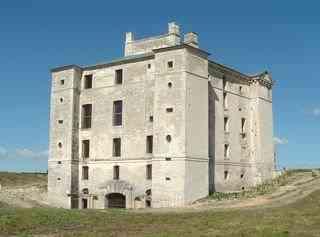 Château de Maulnes, замки Бургундии, самые красивые замки во Франции