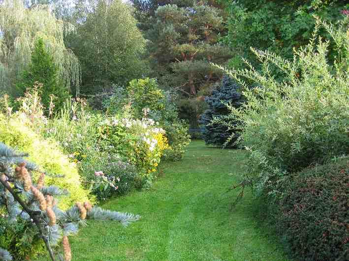 Le jardin priv de masbrouck for Entretien jardin tarif horaire